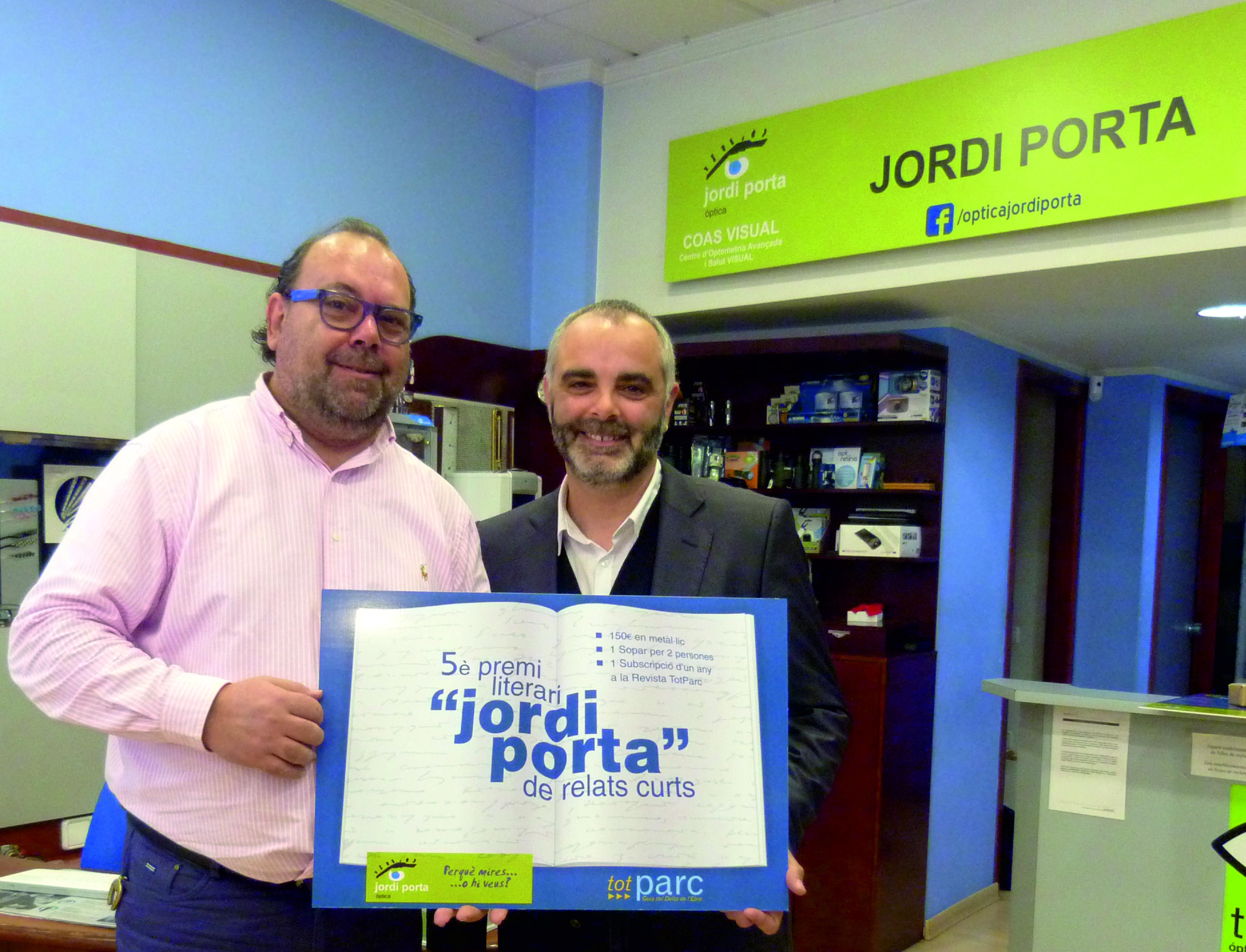 Jordi Porta entrega el premi 2015 al guanyador sr. Jesús Serrano Pons